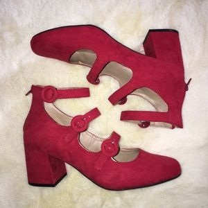 Strappy Red Mix No. Six shoes 8.5 NEW